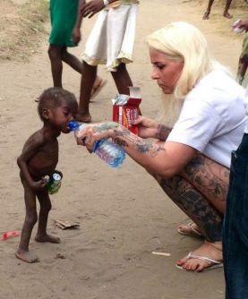 salvan-la-vida-a-un-bebe-nigeriano-de-dos-anos-acusado-de-brujo-por-su-comunidad